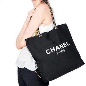 New Chanel VIP Canvas Tote Gold Chain New in Pkg
